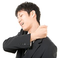 阿佐ヶ谷の肩が痛い男性